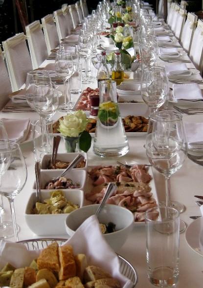 mogelijkheden-tafel-3-glaswerk-mastiek-servies-bestek-kandelaars